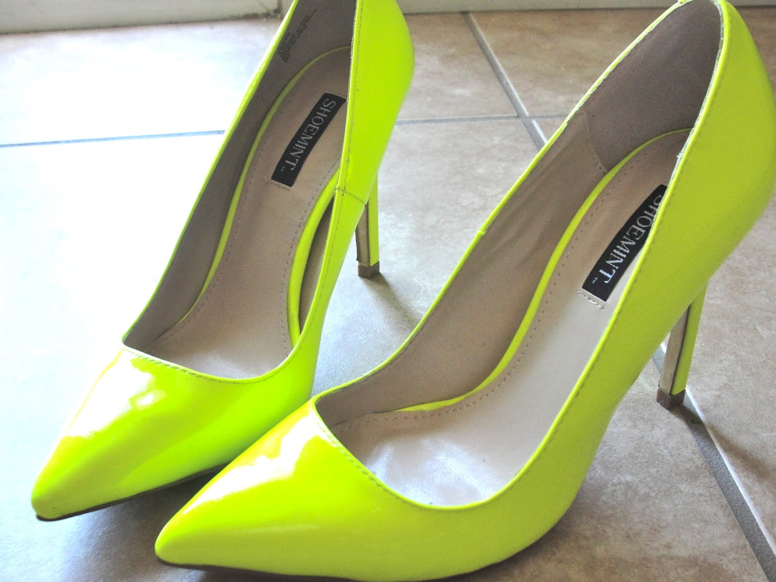 Highlighter Yellow Heels | Tsaa Heel